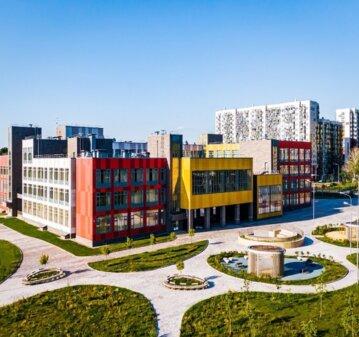 Школа в районе Северный